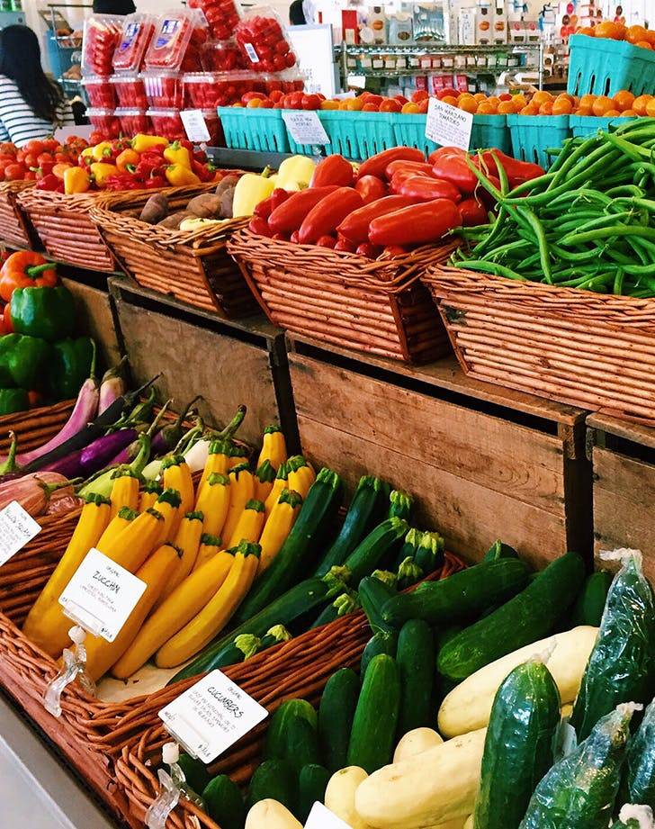 farmers market produce1