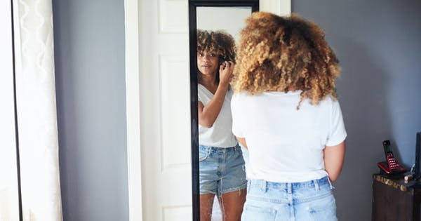 10 Real Women on How They Deal with Self-Doubt