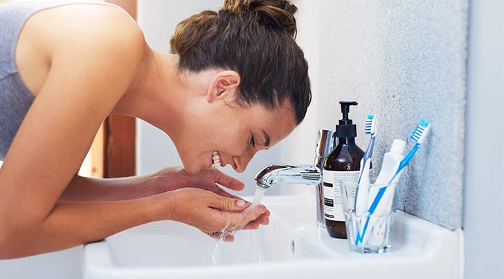 Why Do Skin-Care Experts Love Oil Cleansers?