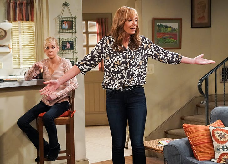 Anna Faris Reveals What It's Really Like Working with Allison Janney on 'Mom'