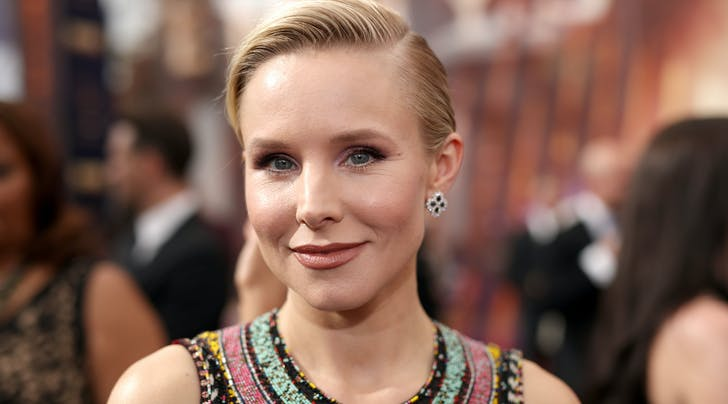 Kristen Bell's Makeup Artist Reveals Every Product She Used to Create Her Emmys Look