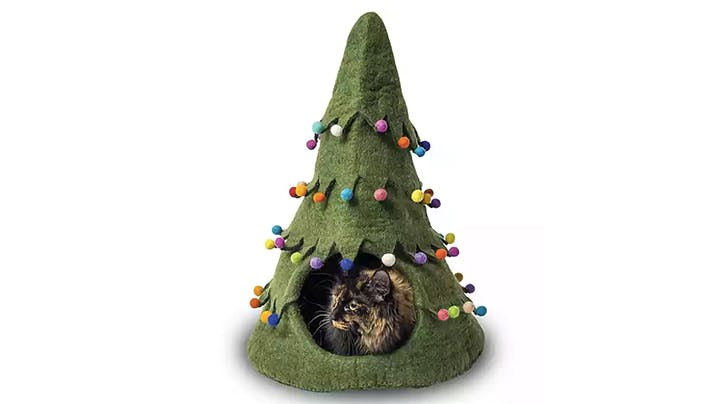 Can You Even Call Yourself a Cat Lover if You Don't Buy Your Feline This Holiday-Tree Shaped House?
