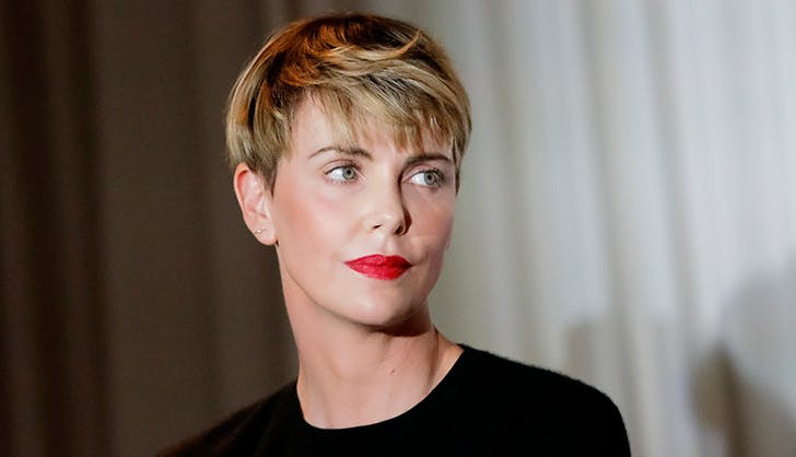 Most Flattering Haircuts for Oval Faces Charlize Theron