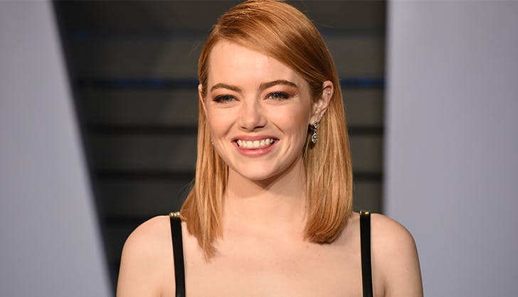Most Flattering Haircuts for Oval Faces Emma Stone