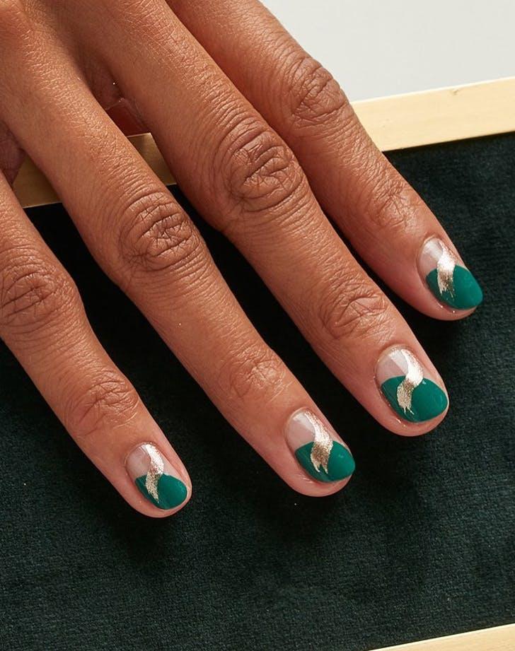 fall nail art Soft Metallic Sweeps