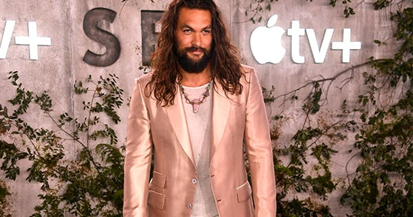 Jason Momoa Rocked A Rose Gold Suit Last Night (Because, Of Course)