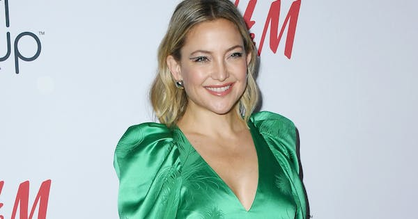 Kate Hudson's Daughter Just Took Her First Steps While Wearing a Grandpa Kurt Russell Onesie