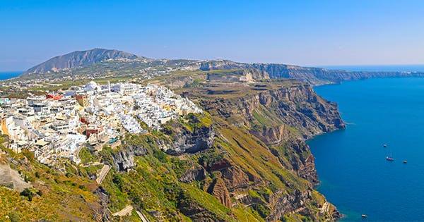 The Hike from Oia to Fira Is One of the Coolest Things to Do in Santorini