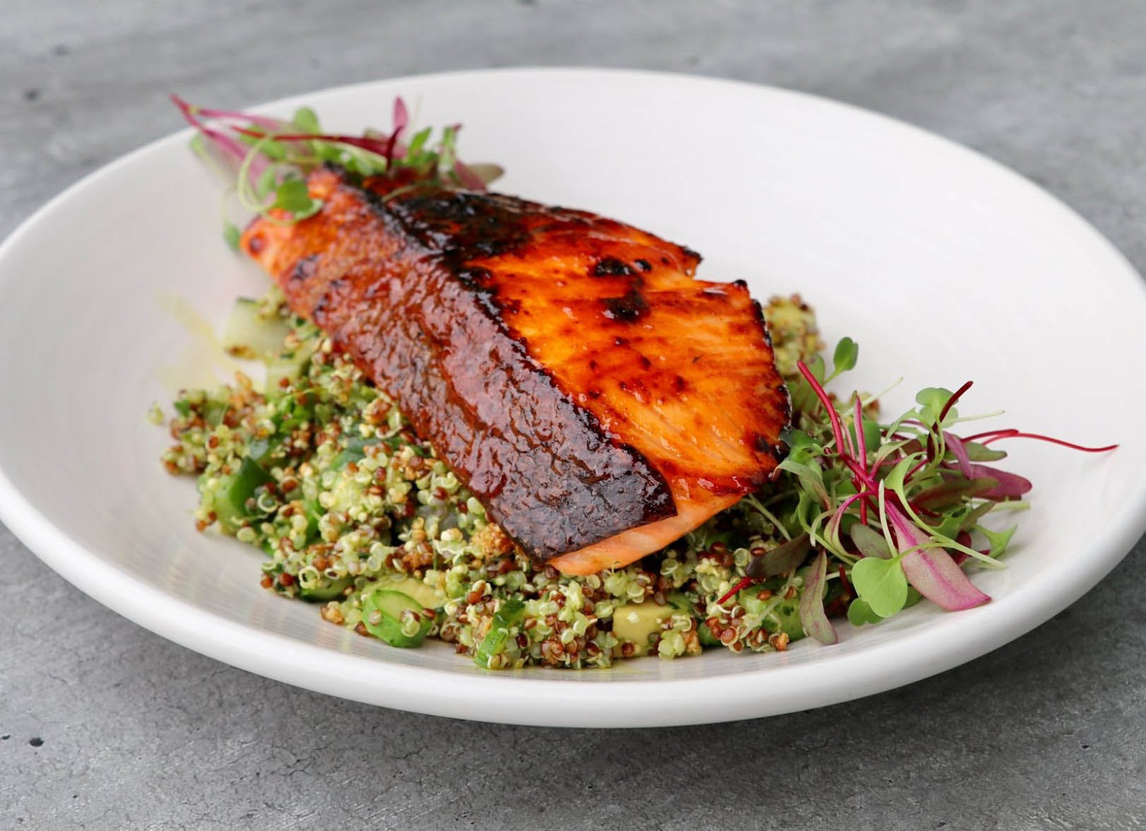 what to eat in la salmon 400x290