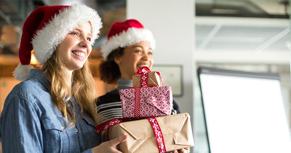 The Most Thoughtful $10 Gift Ideas for Coworkers