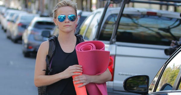 Reese Witherspoon's Yoga Teacher Reveals How to Improve Your Posture