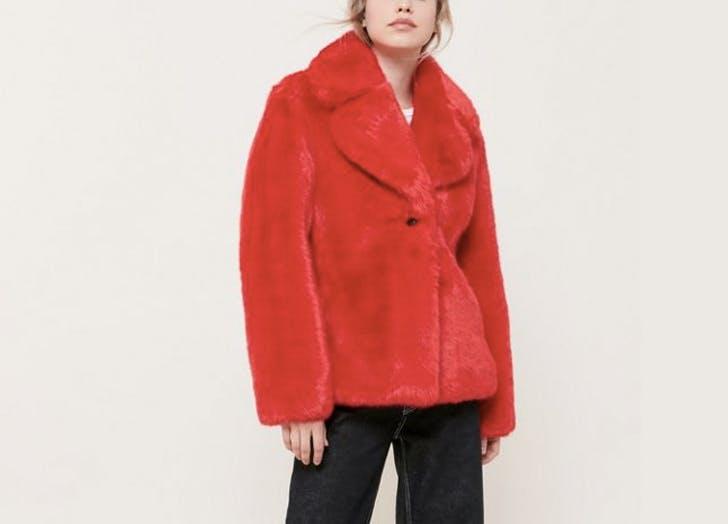 avec les filles red faux fur coat