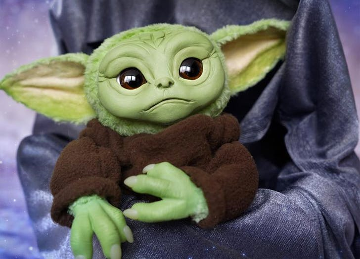 Baby Yoda Puppe