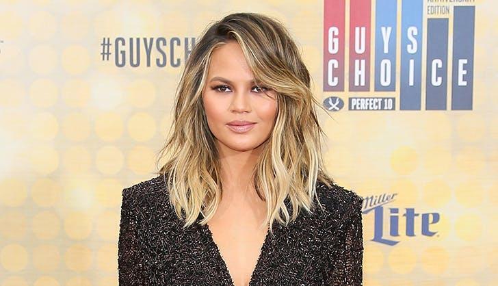 Chrissy Teigen S Hair Evolution See The Pics Purewow