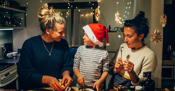 3 Nutritionists on Their One Tip for a Healthier Holiday Season