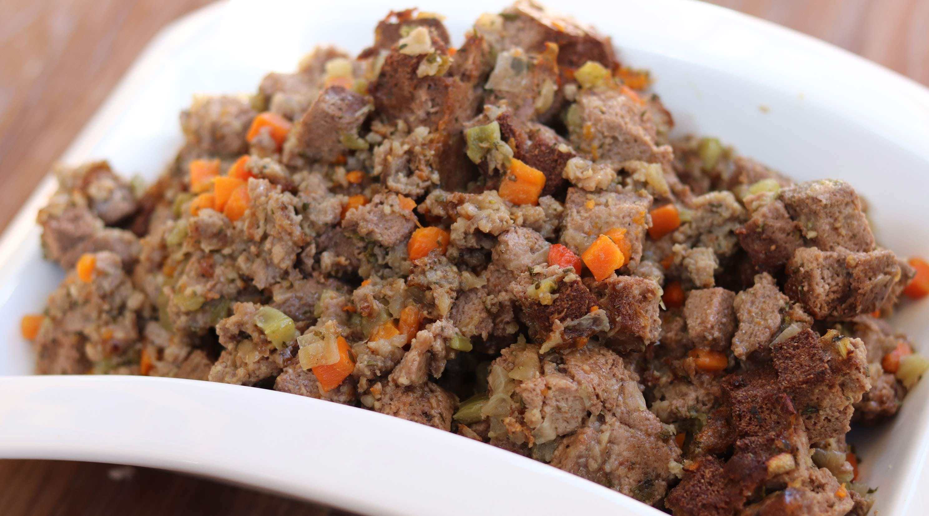 Here's How to Make Keto Stuffing for Thanksgiving