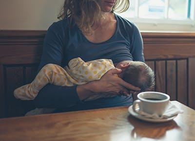 breastfeeding and caffeine 400
