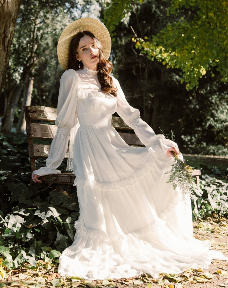 There S A Little Women Inspired Wedding Dress Named For Jo