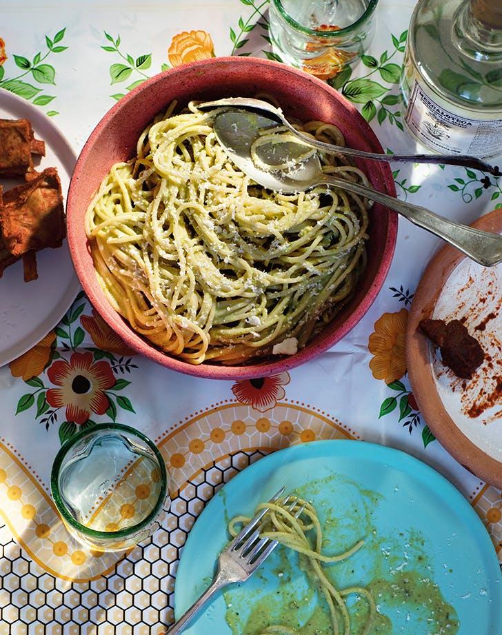 Spaghetti in Poblano Salsa