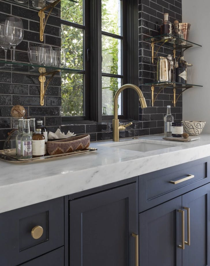 10 Navy Blue Cabinets You Ll Fall In Love With Purewow