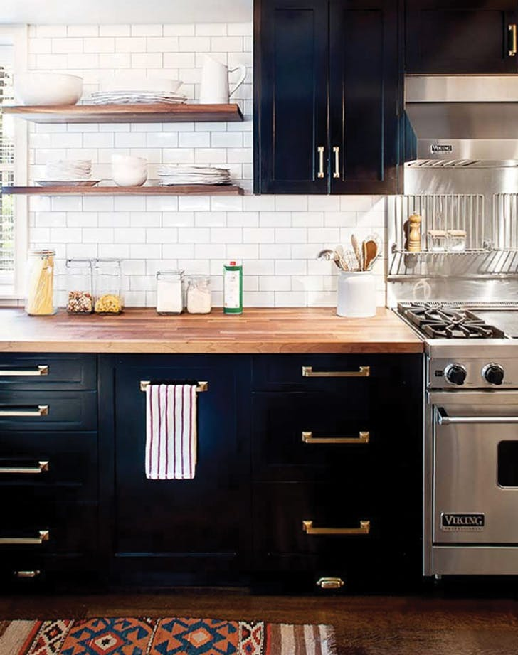 10 Navy Blue Cabinets You'll Fall in Love With - PureWow