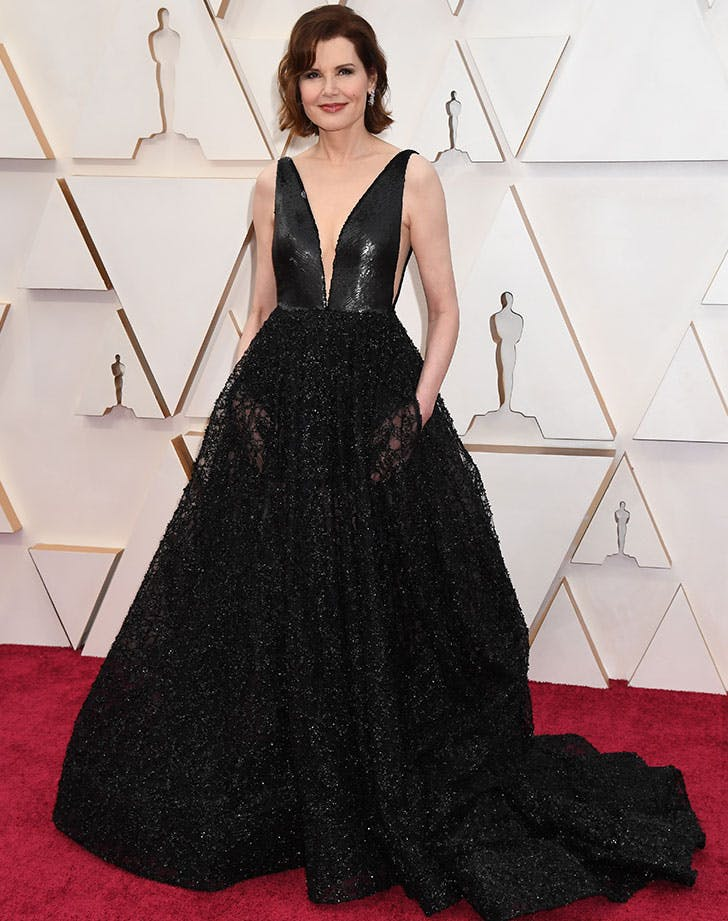 Geena Davis Just Made Sheer Pockets a Thing at the Oscars