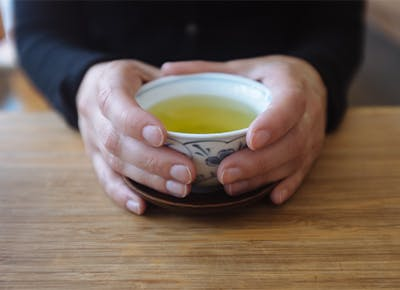 green tea before bed cat