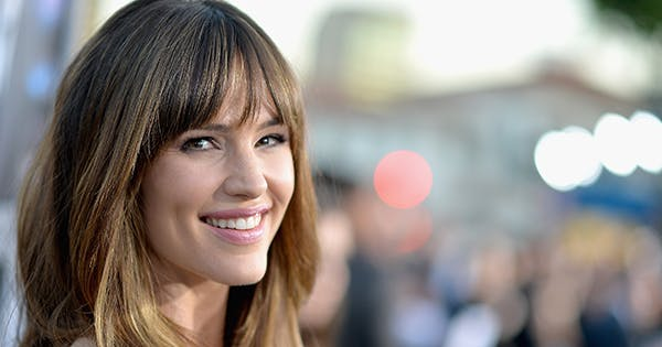 Ever Wonder What Jennifer Garner's Haircare Routine Is? Well, It Involves a Wetsuit