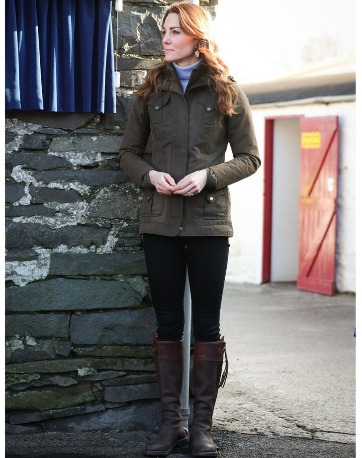 kate middleton wears boots3