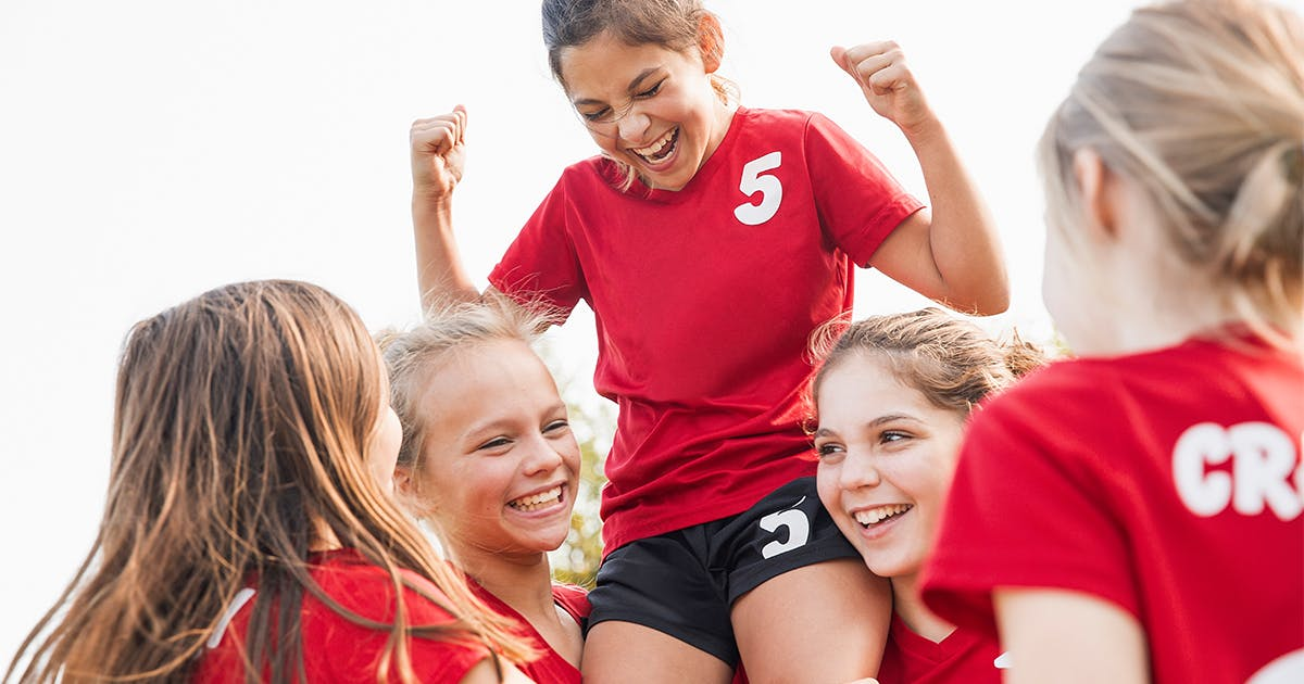 7 Reasons to Get Your Daughter Involved in Sports, According to Science