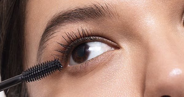 I Tried 5 Clean, Natural Mascaras and Ranked Them from 'Hello, Beautiful' to 'Get Off My Face'