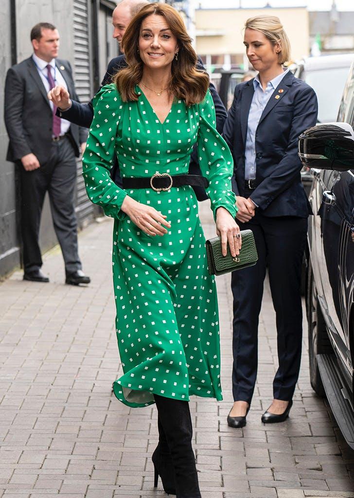 kate middleton green polka dot dress