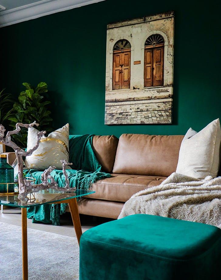 living room color ideas emerald