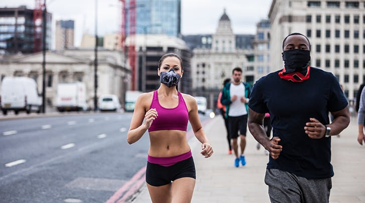 should i wear a mask while running hero