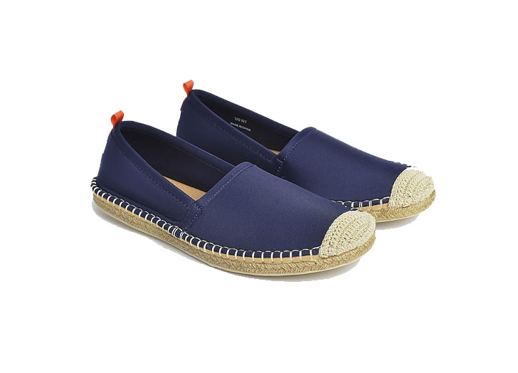 The 15 Best Waterproof Shoes for Women
