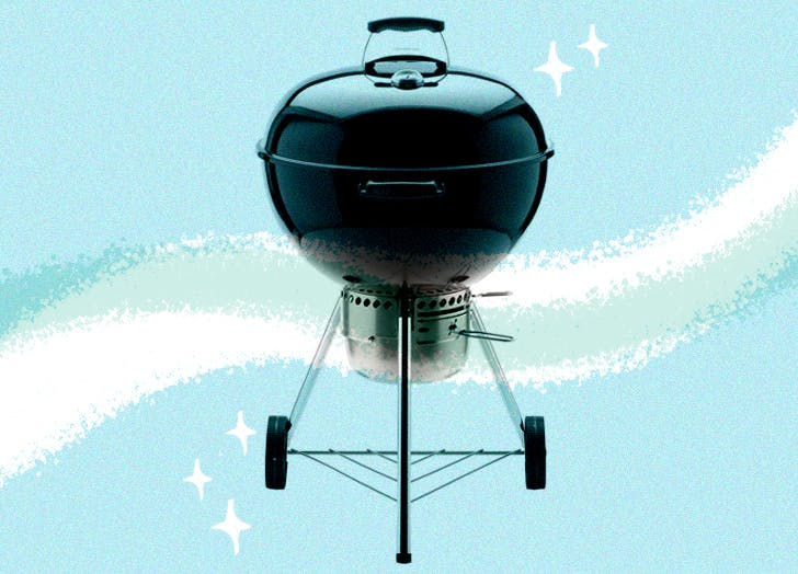 Pros and Amateurs Agree: This Is the Best Charcoal Grill (and Its Only $165)