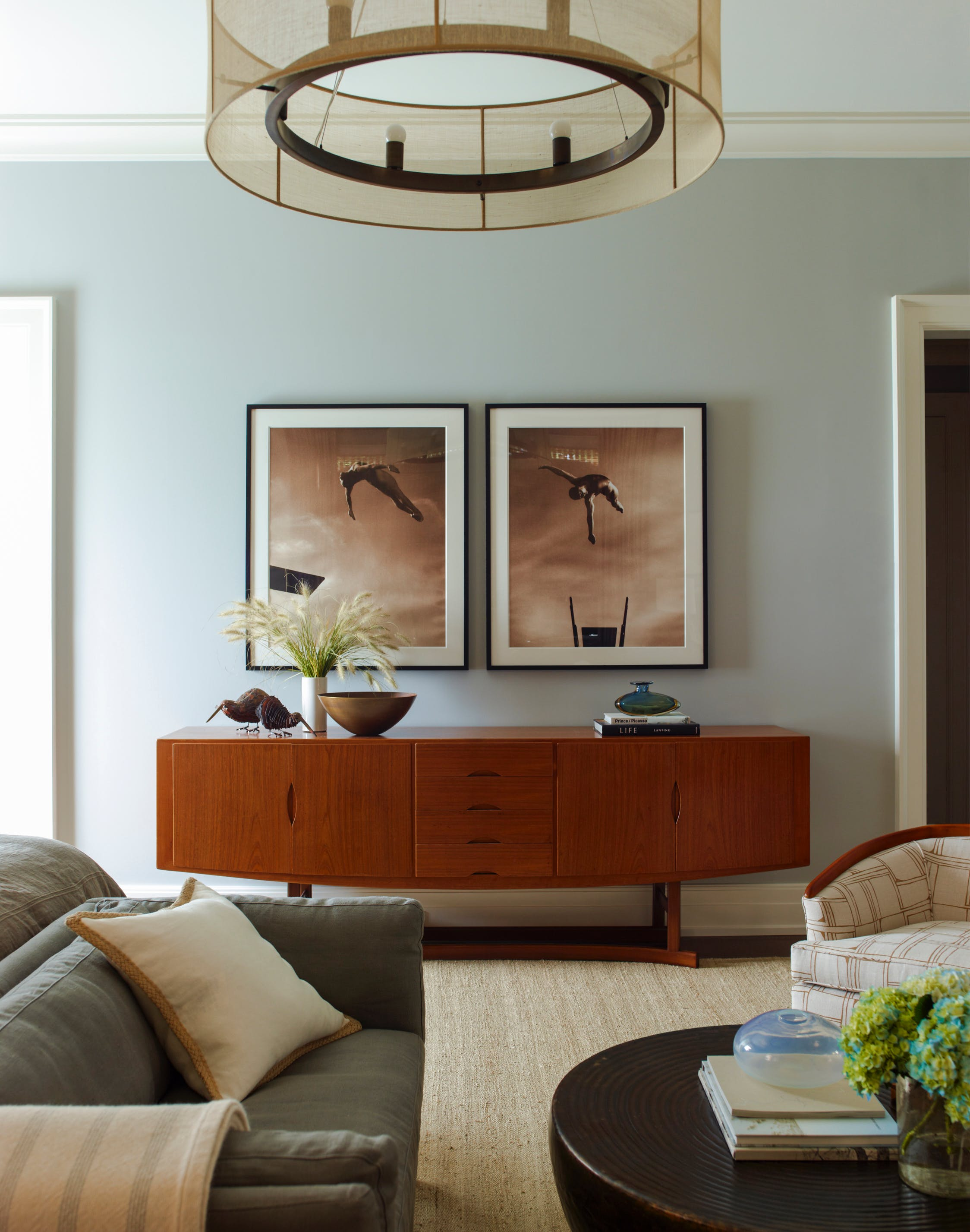 Is Brown Furniture Back Here S How To Style It Purewow