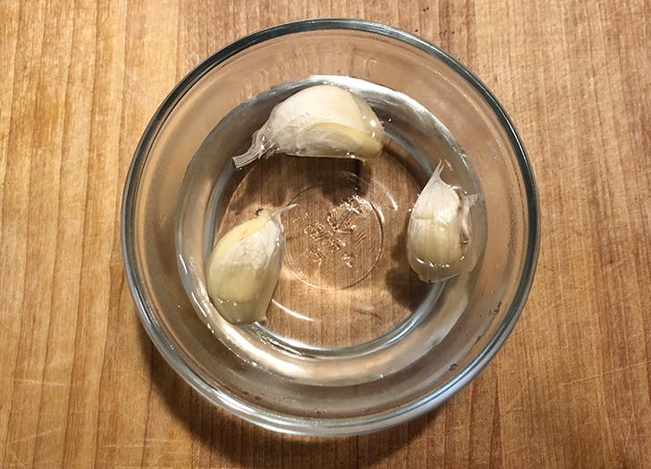 Peeling Garlic in Boiling Water Is Trending on the Internet—but Does It Work?