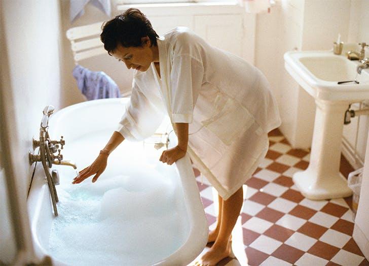 woman taking a bath1