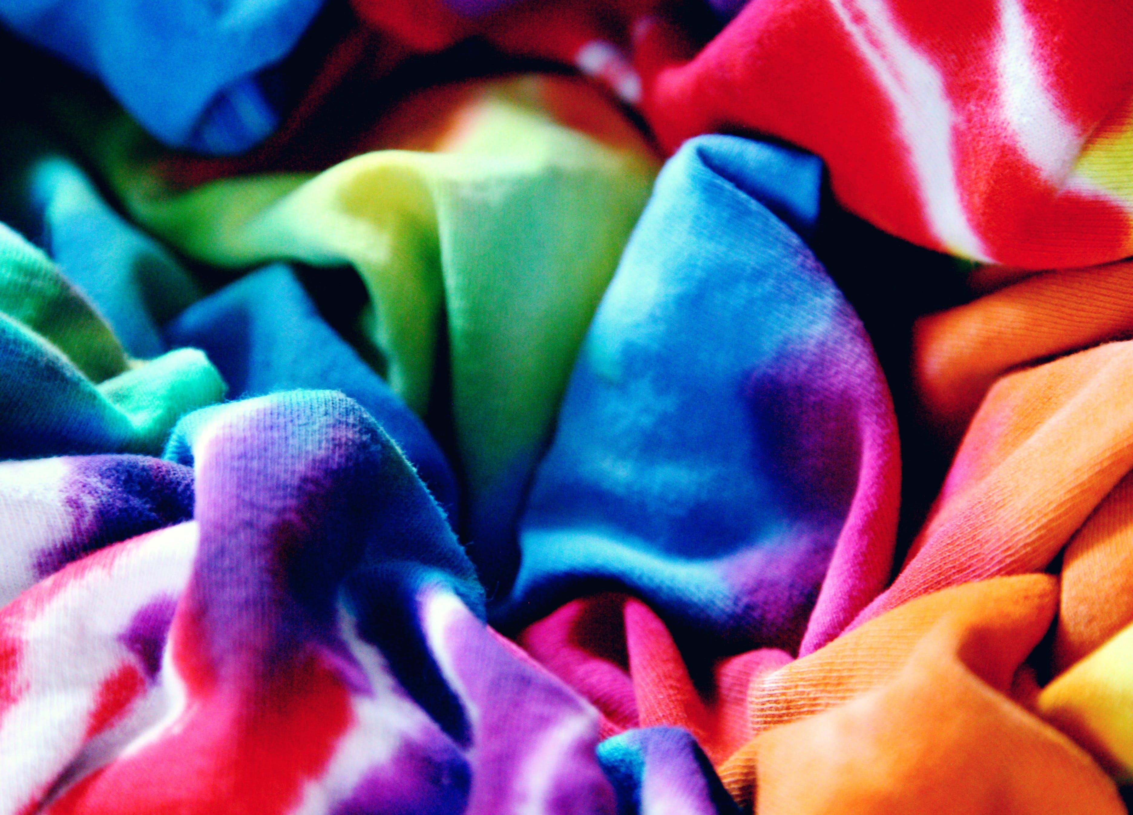 how to wash tie dye unsplash