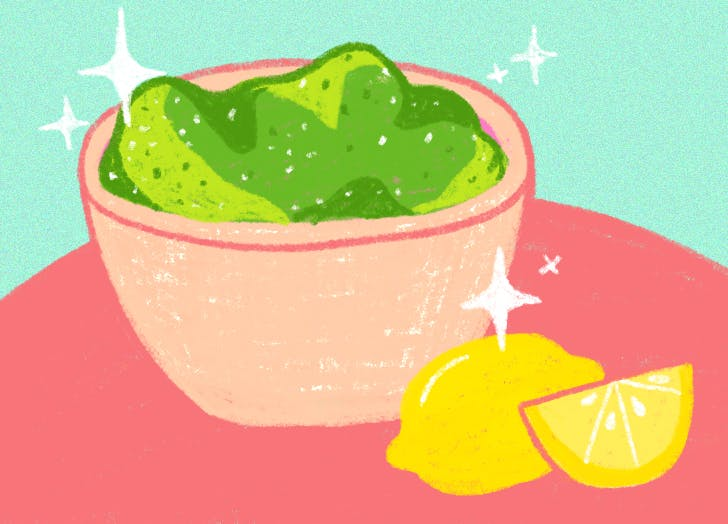 how to keep guacamole from turning brown lemon juice