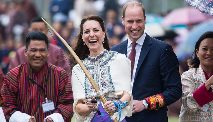 kate middleton laughing bow and arrow1