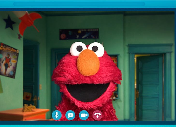 Elmo Is Hosting a Virtual Scavenger Hunt on HBOMax, So Mark Your Kids' Calendars