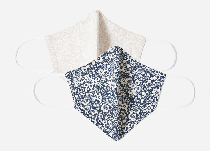 Everlane's Tie-Dye Face Masks Are *Finally* Back in Stock (& They Introduced a New Floral Print Style)