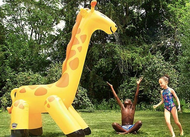 giant giraffe 4