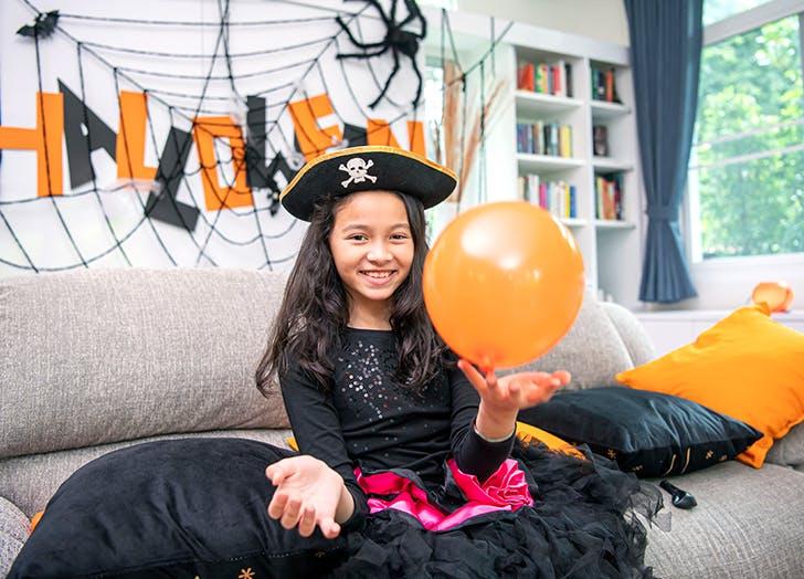 halloween activities for kids balloons