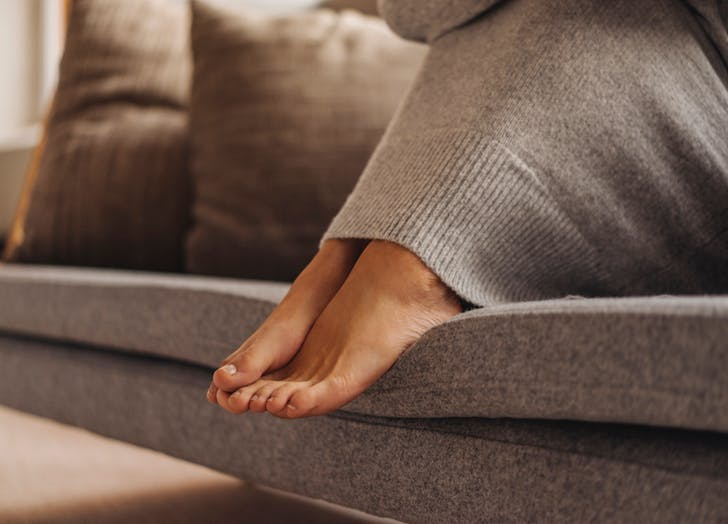 How to Warm Up Your Feet: The Quick Trick to Try