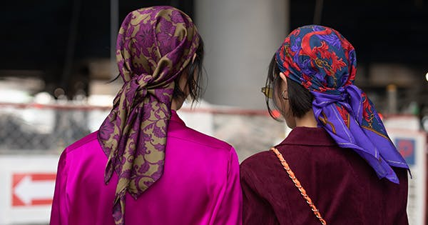 Silk Scarves: The '90s Hair Accessories You Didn't Know You Needed
