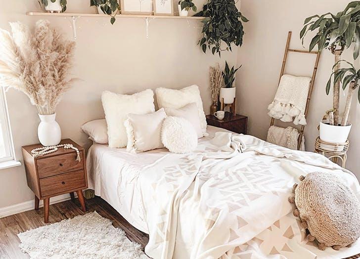 amazon bedroom 5