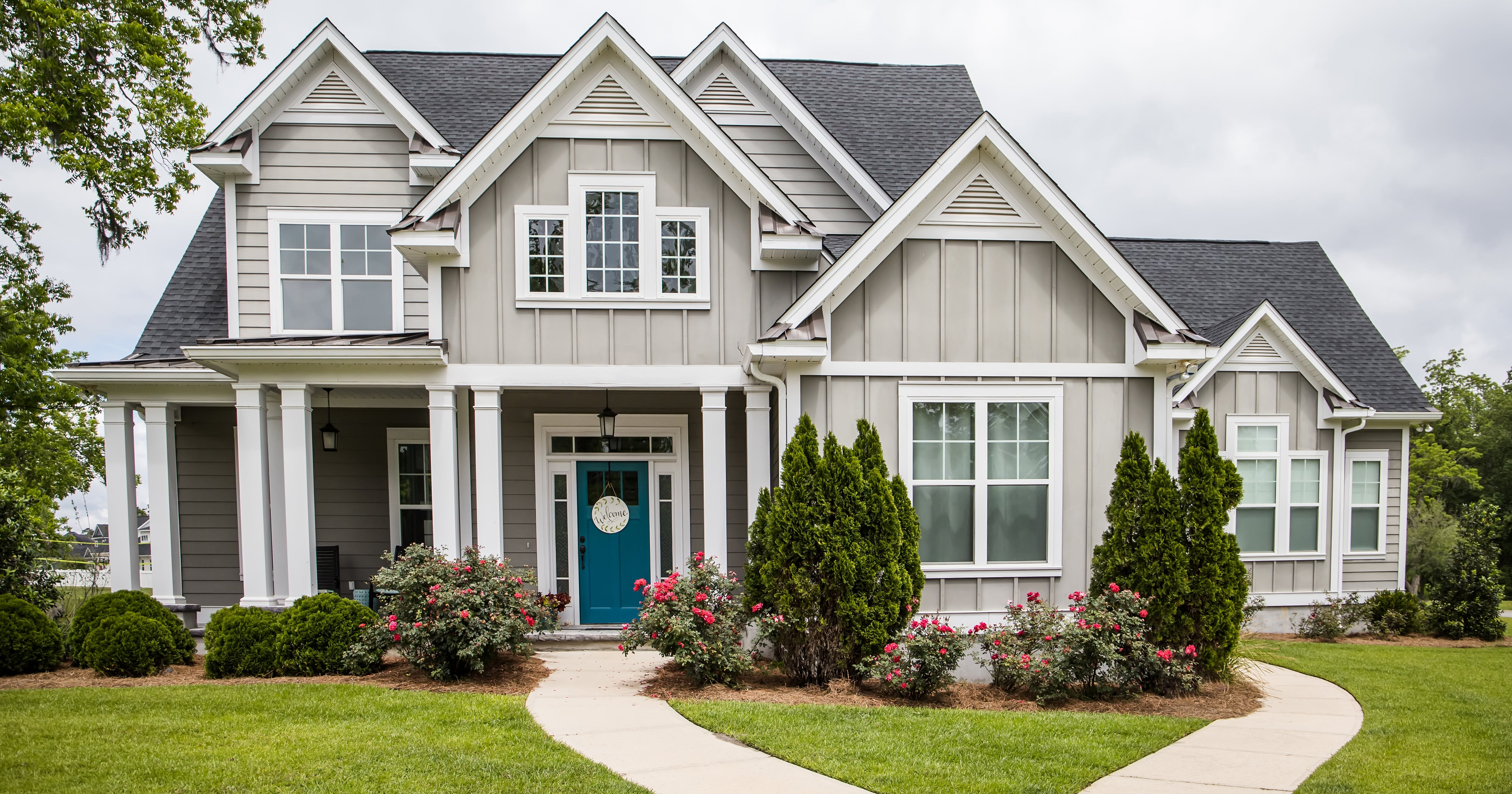 9 Inexpensive Ways to Boost Your Home's Curb Appeal (and 3 that Can Accidentally Destroy It)